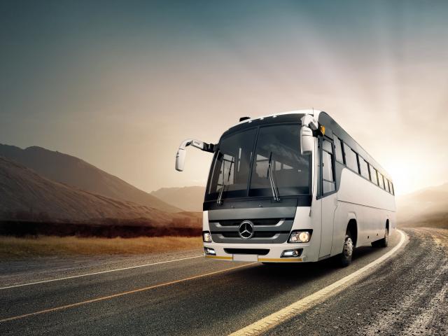 Turistlərə avtobus kirayəsi