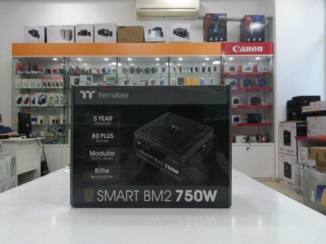 "Qida bloku ""thermaltake smart "" 750w"