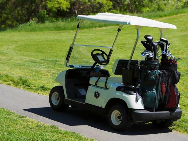 Golf maşınlarinin ayliq icaresi